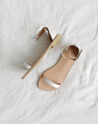 [SALE] Slim-strap sandal (4color)