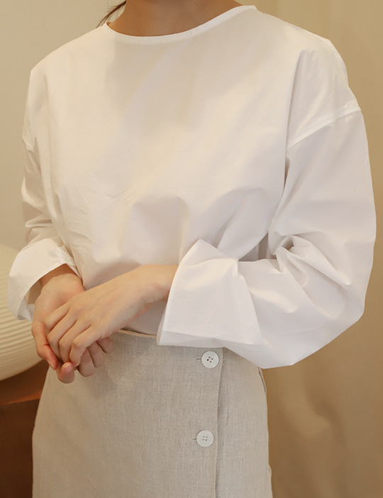 [CURVET] LONG-SLEEVE BLOUSE_IVORY
