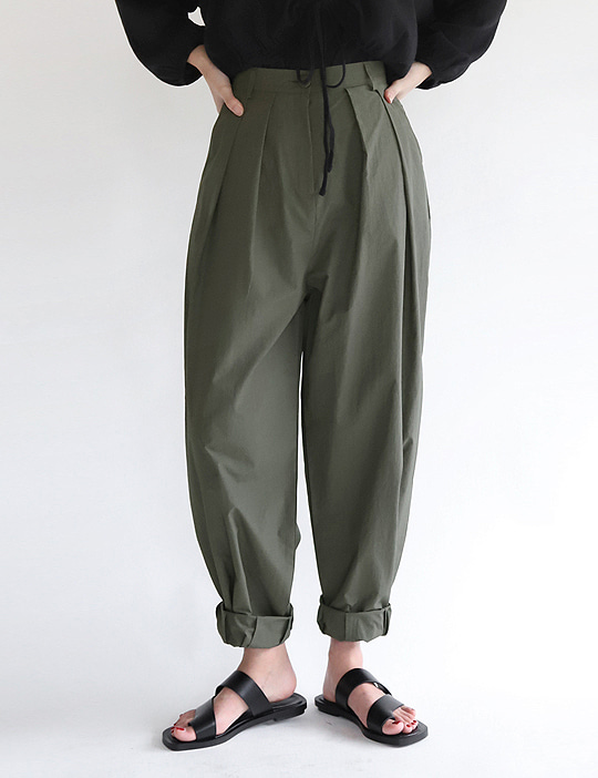 HEM-TUCK LOOSE PANTS (2COLOR)