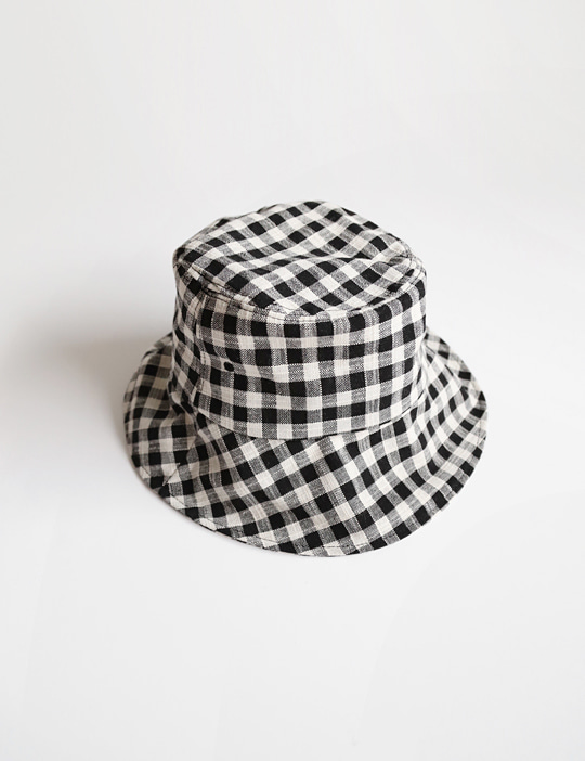 GINGHAM-CHECK BUCKET HAT