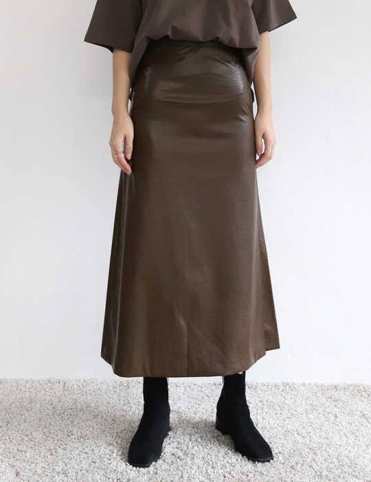[STOCK SALE] LEATHER A-LINE SKIRT (2COLOR)