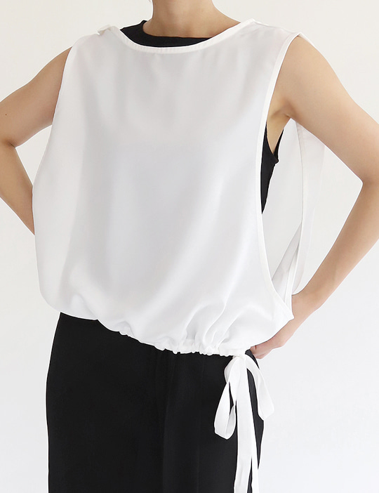 LAYERED SLEEVELESS BLOUSE (2COLOR)