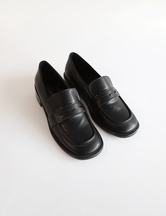 PENNY MIDDLE LOAFER