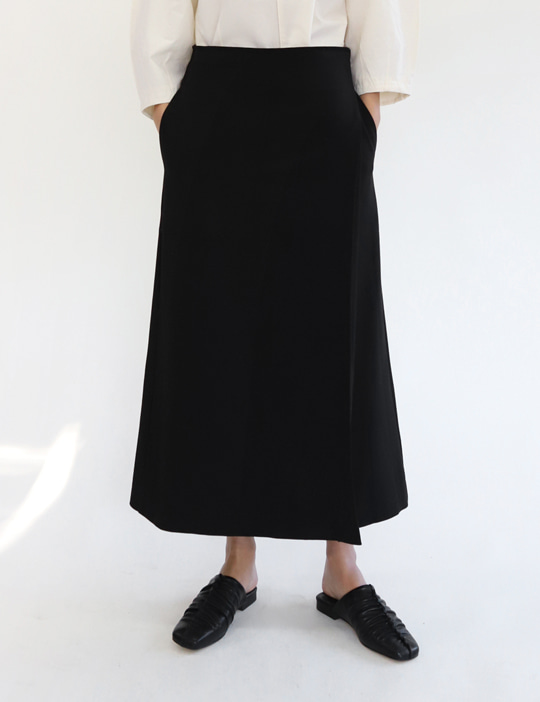 POCKET WRAP SKIRT (2COLOR)