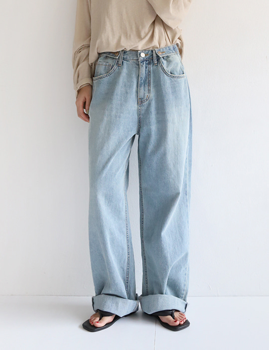 CONTROL LIGHT DENIM PANTS