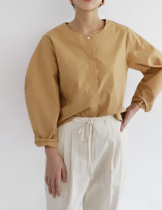 BOUNDARY BLOUSE (2COLOR)