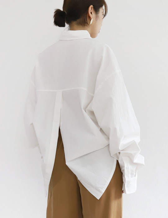 REAR-BUTTON SHIRTS (2COLOR)